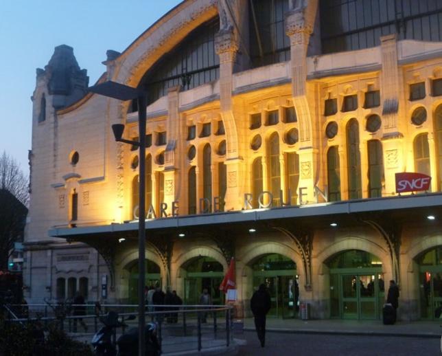 A Rouen, la gare SNCF évacuée pour un sac de randonnée suspect abandonné dans le hall