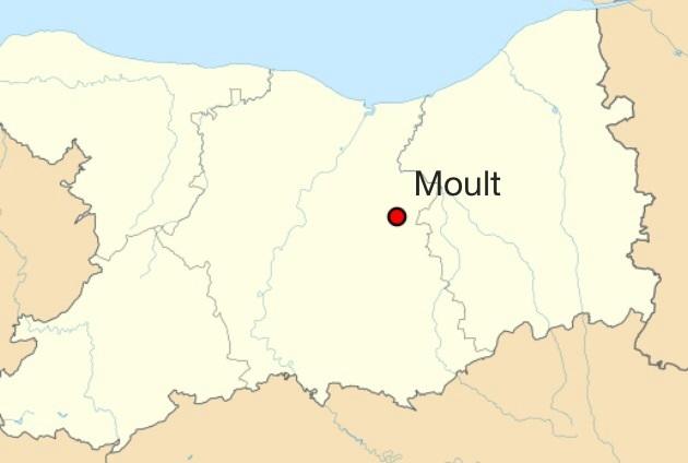 La commune de Moult est située à 18 kilomètres de Caen sur la route nationale 13 (axe de Caen-Lisieux).