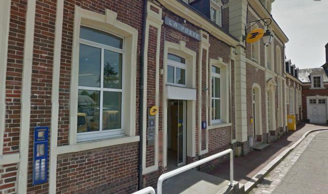 Le bureau de poste est installé place Cernot, dans le centre ville de Beaumont @Google Maps