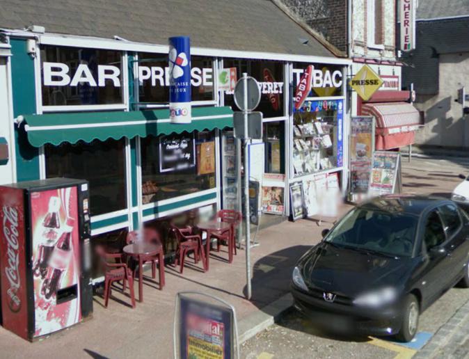 Le patron du bar-tabac Le Jouvenet a mis en fuite le braqueur par son attitude stoïque @Google Maps