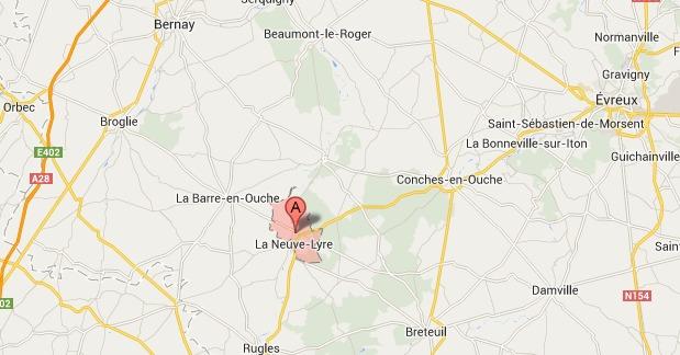 La Vieille-Lyre (village mitoyen avec La Neuve-Lyre) est situé à 7 km au sud-est de la Barre-en-Ouche @Google Maps