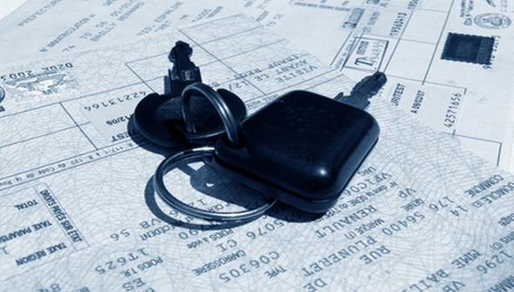 En épluchant la carte grise, les policiers ont remarqué que la date de mise en circulation (en 2002) de la Clio était antérieure à la commercialisation de ce modèle en 2006 (Photo d'illustration)