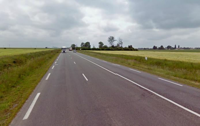 La collision s'est produite sur la D613 (ex-RN13) dans une ligne droite entre Ecardenville-la-Campagne et le carrefour de Thibouville (Photo Google Maps)