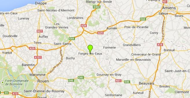 La collision s'est produite sur la rocade de contournement de Forges-les-Eaux