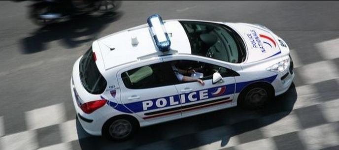 Le jeune conducteur (15 ans), lancé dans une course-poursuite, a pris des risques inconsidérés pour échapper à un contrôle de police (Photo d'illustration)
