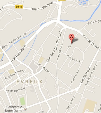 Un jeune cyclomotoriste tué dans un accident en centre-ville d'Evreux