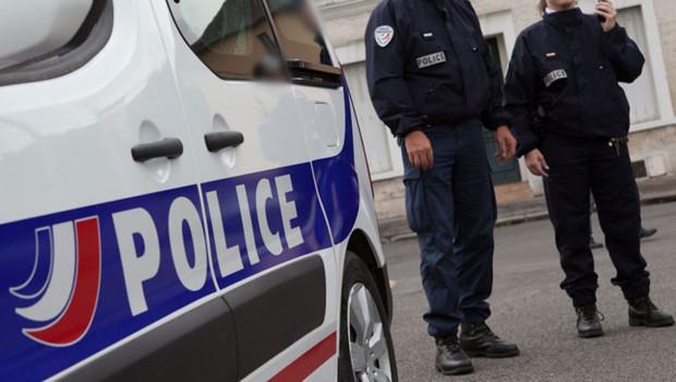 Les policiers, pris à partie, ont dû riposter en faisant usage de leur flash-ball et de gaz lacrymogène (Photo d'illustration DGPN)