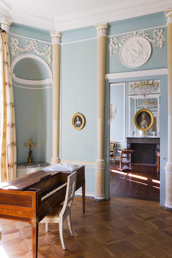 Miraculeusement épargnée par les bombardements de 1944, la Maison de l'Armateur est l'une des dernières traces du Havre du XVIIIème siècle. C'est dire la valeur patrimoniale et l'attachement des Havrais à l'édifice.