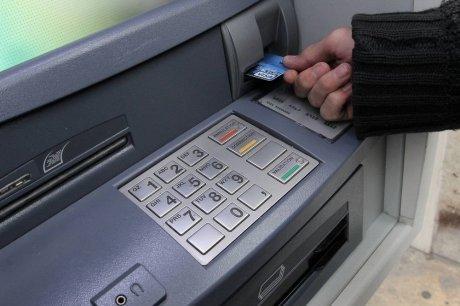 """Rouen : il venait de poser un """"collet marseillais"""" sur un distributeur de billets"""