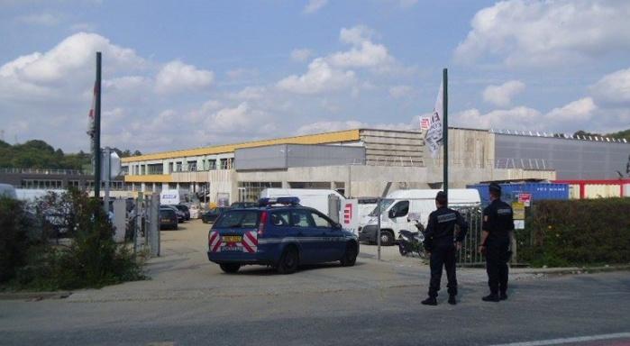 Une cinquantaine de gendarmes a été mobilisée lundi matin pour cette opération destinée entgre autres à lutter contre le travail clandestin et les fraudes (Photo gendarmerie/Facebook)