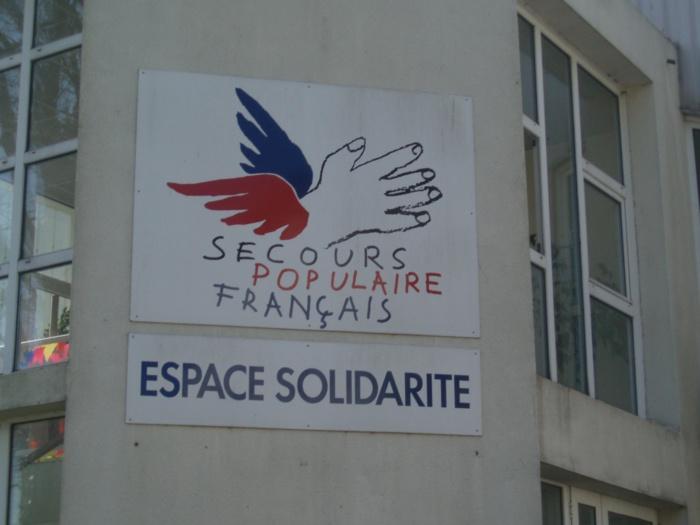 Deux vitres du local du Secours populaire, rue Luise Michel, ont été brisées dans la nuit (Photo d'illustration)