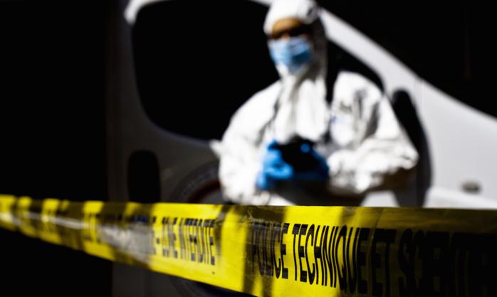 La scène de crime a été passée au peigne fin par les techniciens de la police technique et scientifique à la recherche du moindre indice qui pourrait permettre, notamment, de confondre l'auteur des coups de couteau (Photo d'illustration DGPN)