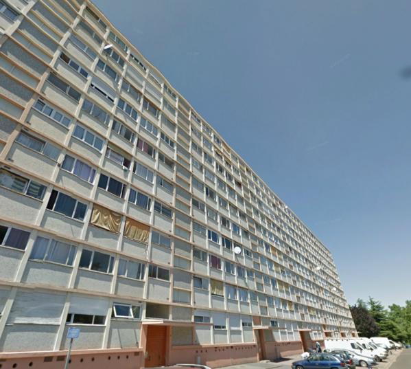 Les violences se sont produites dans un apparteent du 8e étage de cette barre d'immeuble de Château Blanc (Photo d'illustration)
