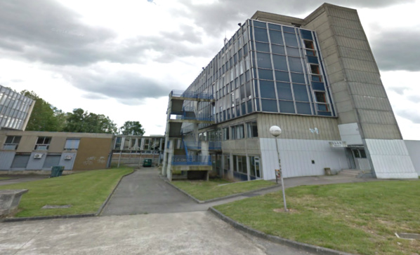 Le corps du jeune homme a été découvert au pied d'une passerelle à proximité de la faculté de lettres (bâtiment A ici sur la photo d'illustration)