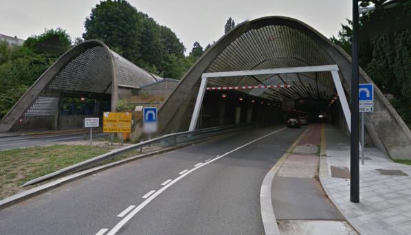 Le tunnel Jenner est un tunnel routier à double tube de 680 mètres, situé en centre-ville du Havre dans le prolongement du Cours de la République. Il relie la ville basse (centre-ville) et la ville haute