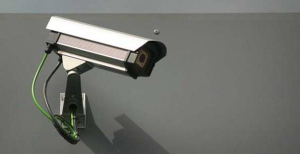 Le jeune voleur ignorait qu'il était sous l'oeil inquisiteur d'une caméra de vidéo-protection (Illustration)