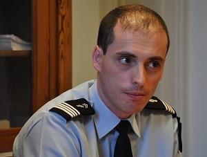 Le chef d'escadron Jacques Audenis, commandant la compagnie de gendarmerie des Andelys (@infoNormandie)