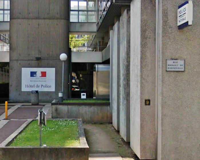 Le suspect a été ramené à l'hôtel de police tout proche et placé en garde à vue pour vol par escalade (Ilustration)