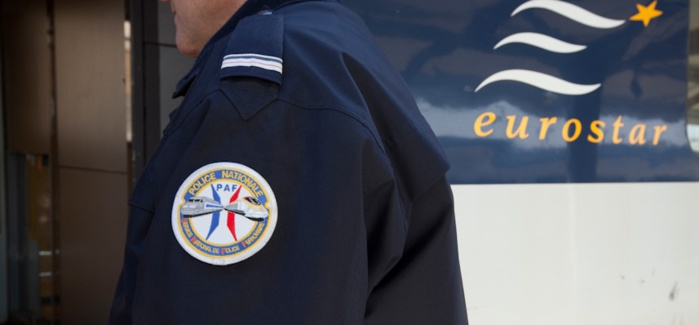 Les quatre clendestins sont depuis ce mercredi matin en retenue dans les locaux de la Police aux frontières à Rouen (Illustration @DGPN)