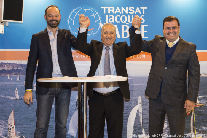 Edouard Philippe, maire du Havre et député de Seine-Maritime, Jandir Bellini, maire d'Itajaí, Rodrigo Costa, maire d'Itapema