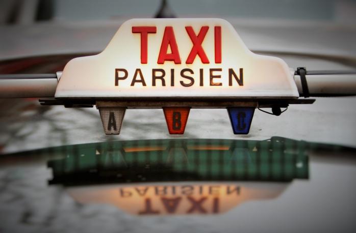 Manifestation des taxis ce matin à Paris : éviter la place Vauban (7ème)