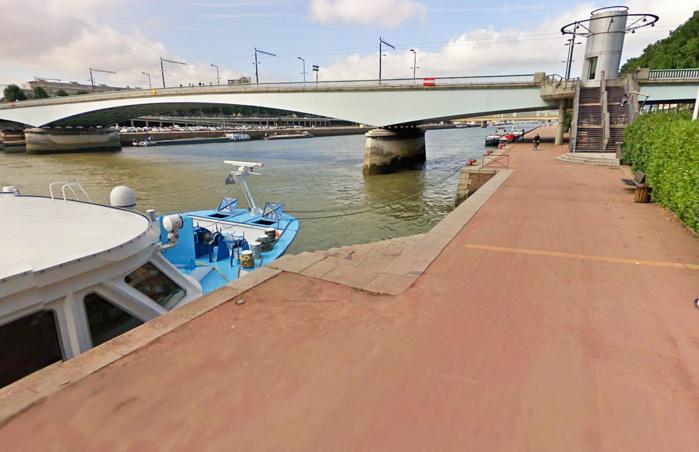 Rouen : un autobus avec 20 touristes russes à bord a failli tomber en Seine, ce matin