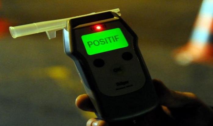 Le conducteur a été contrôlé avec un taux de 3,18 grammes (Photo d'illustration d'un éthylotest)