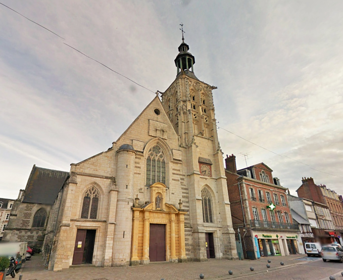 Les obsèques du policier tué par les frères Kpouachi auroint lieu ce jeudi à Bernay. La messe sera célébrée par Monseigneur Nourrichard, évêque d'Evreux, en l'église Saint-Croix qui peut contenir 450 personnes