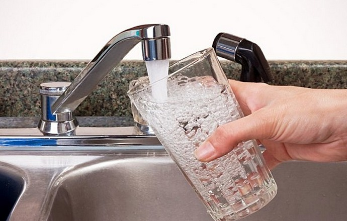 La préfecture recommande de ne pas consommer l'eau du robinet dans certains hameaux de Saint-Saire, jusqu'à nouvel ordre (Photo d'illustration)