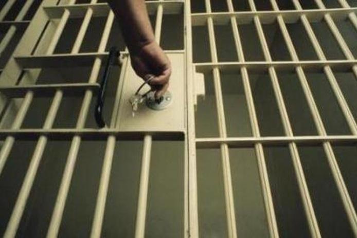 L'agresseur de deux homosexuels au Havre a été conduit en prison ce lundi soir. Il a été condamné à une peine ferme de trois ans par le tribunal correctionnel du Havre (Photo d'illustration DR)