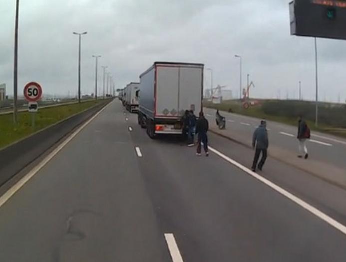Régulièrement, des clandestins sont découverts en Seine-Maritime cachés dans des camions (Photo d'illustration)