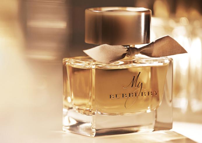 Les six cartons contenaient des flacons de parfum de la marque britannique Burberry (Photo d'illustration)