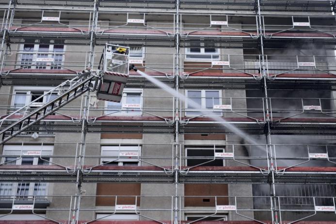 De gros moyens ont été engagés par les sapeurs-pompiers pour lutter contre le début d'incendie (Photo : J. Cordeboeuf / Sdis78)
