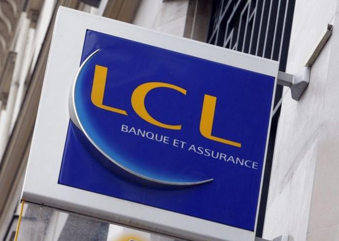 Le client s'est jetée sur la conseillère financière du Crédit Lyonnais, sans véritable explication. Il était alors armé d'un cutter dont il n'a pas fait usage, heureusement (Photo d'illustration)