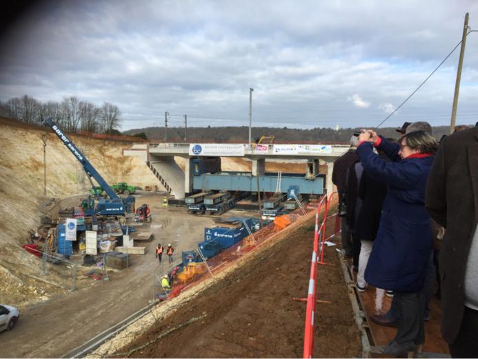 L'ouvrage de 2250 tonnes en béton armé a été construit sur place (@infoNormandie.com)