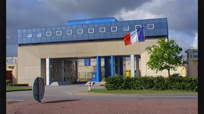 """Deux surveillants agressés par un détenu à Val-de-Reuil : """"c'était prévisible"""" dénonce le SPS"""