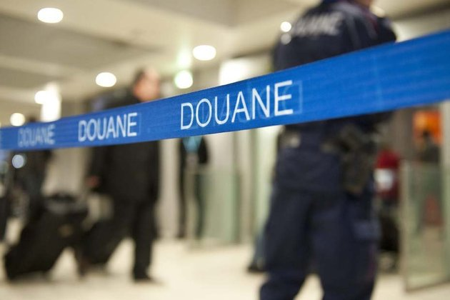 Contrebande : 19 800 cartouches de cigarettes saisies par les douaniers de Dunkerque