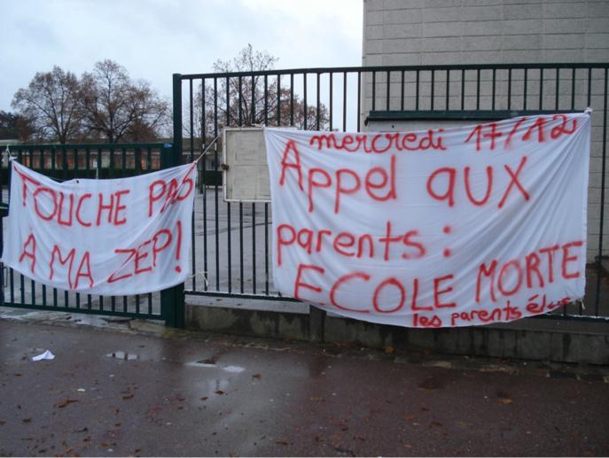 Syndicats, élus et parents d'élèves sont mobilisés depuis des semaines contre la carte scolaire (illustration @DR)