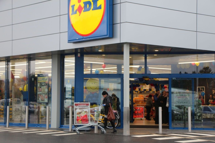 L'employé du magasin s'est lancé à la poursuite des voleurs qui lui ont foncé dessus avec leur véhicule (Photo d'Illustration)