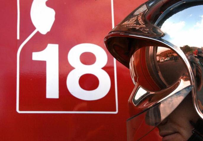 A l'arrivée des pompiers, les deux véhicules étaient embrasés (Illustration)