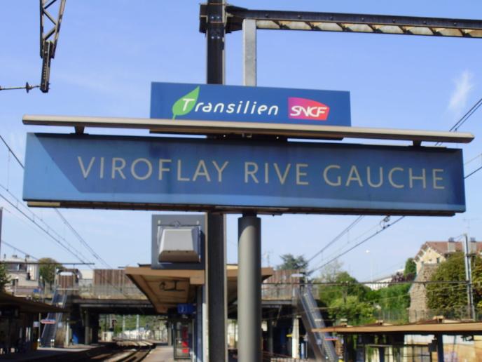 Yvelines : les 300 voyageurs d'un train en panne évacués ce matin en gare de Viroflay