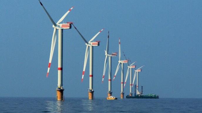 Feu vert pour les turbines en baie de Saint-Brieuc : bonne nouvelle pour l'éolien en Normandie