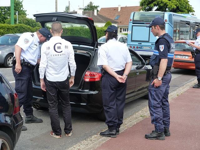 Sur réquisition du procureur de la République, les policiers pouvaient vérifier les coffres de véhicules (Photo@DDSP)