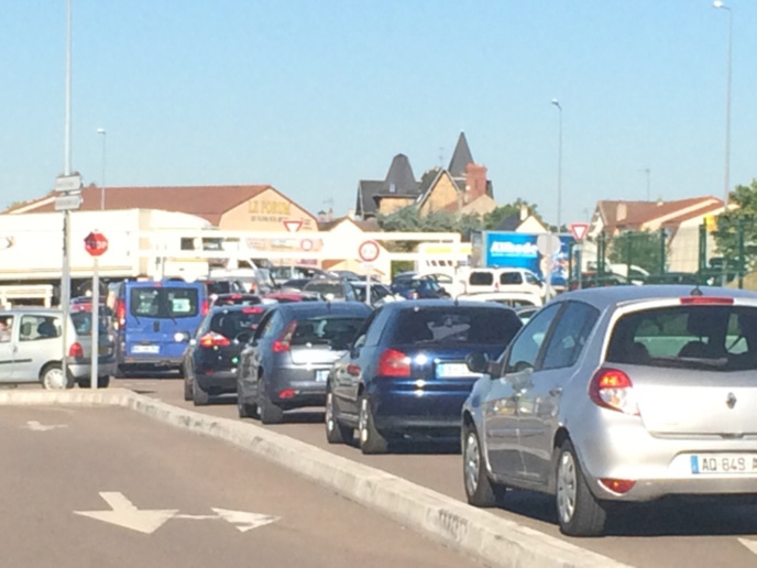 Accident sur l'A13 : trafic très perturbé entre Aubergenville et Mantes (Yvelines)