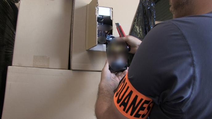 174 000 paquets de café de contrefaçon saisis par la douane en région parisienne