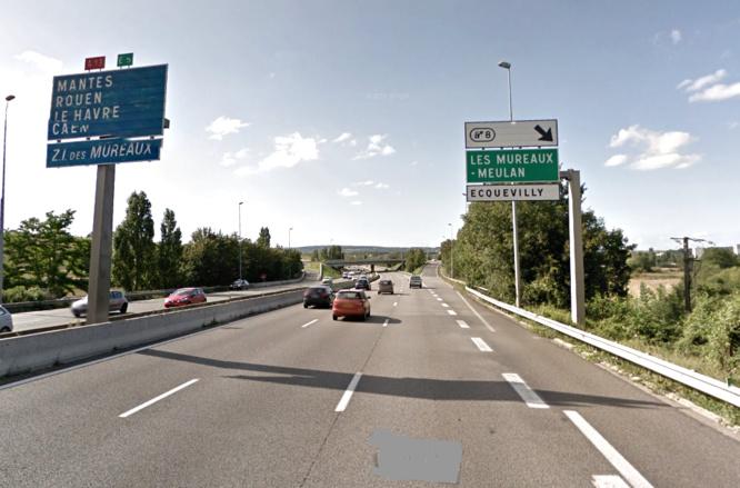 Un homme qui marchait sur le bas côté de l'autoroute a été fauché par une voiture dans la descente de Chapet. Son conducteur a pris en fuite