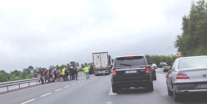 Un blocage sur l'A84 vers le Mont Saint-Michel (Photo C.L./infoNormandie)