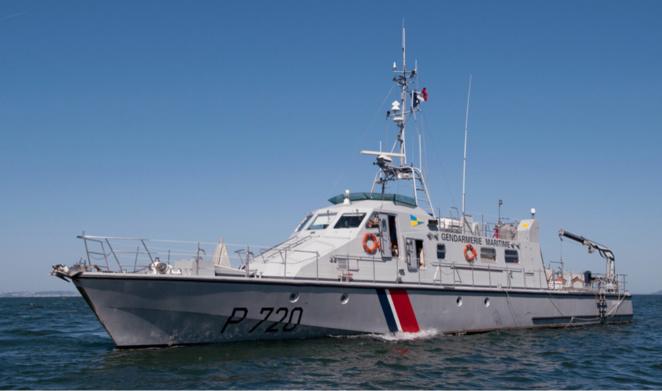 Catamaran retourné : deux personnes récupérées en mer au large de Granville
