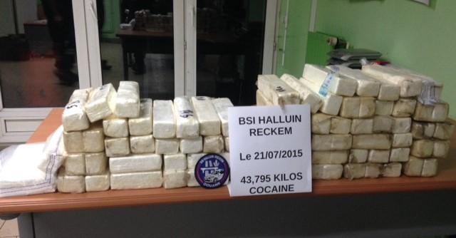 La drogue saisie représente plus de 2,6 millions d'euros sur le marché illicite de la revente au détail de stupéfiants (Photo @Douane)
