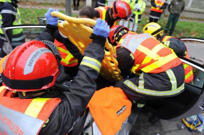 @Illustration. L'une des victimes n'a pu être réanimée malgré les soins intensifs prodigués par les secours. Une autre est dans un état grave et va être évacuée par hélicoptère au CHU de Rouen